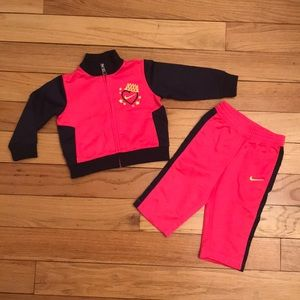 Nike Jogger Set with Jacket and Pants